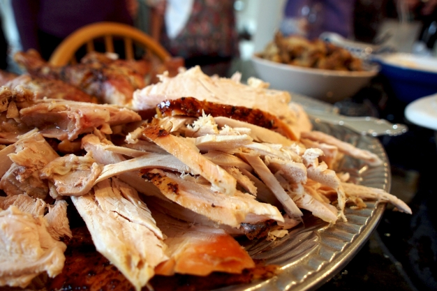 The traditional Thanksgiving Day meal might be a belt-buster, but it won't bust your carbon footprint score.