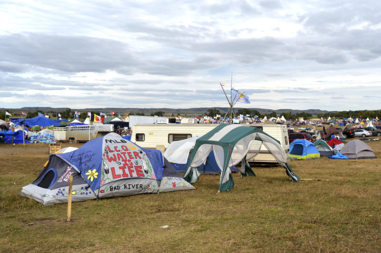 While thousands of protesters camp in tents and tepees to protest the Dakota Access Pipeline in North Dakota, the oil industry continues to advocate for the pipeline's construction.